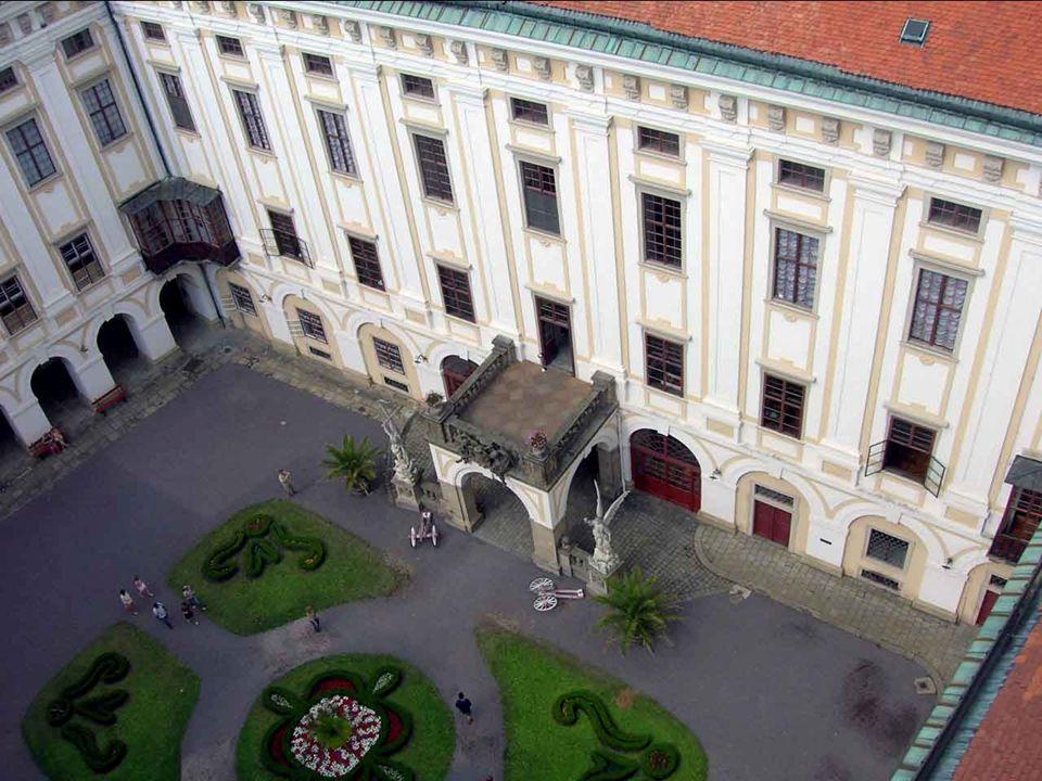 Zámek v Kroměříži a jeho zahrady jsou výjimečně uchovanou ukázkou barokního zámeckého sídla.