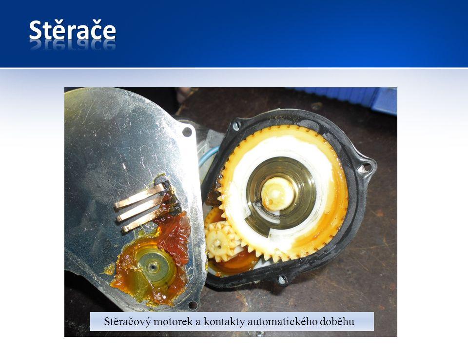 Stěračový motorek a kontakty automatického doběhu