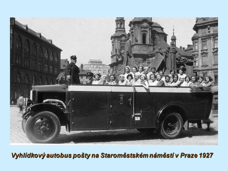 Vyhlídkové autobusy LAURIN & KLEMENT 1926-28 Lázeňský autobus Škoda 125 (1928) Autobus Praga AN Cabrio Vyhlídkový autobus Škoda RTO