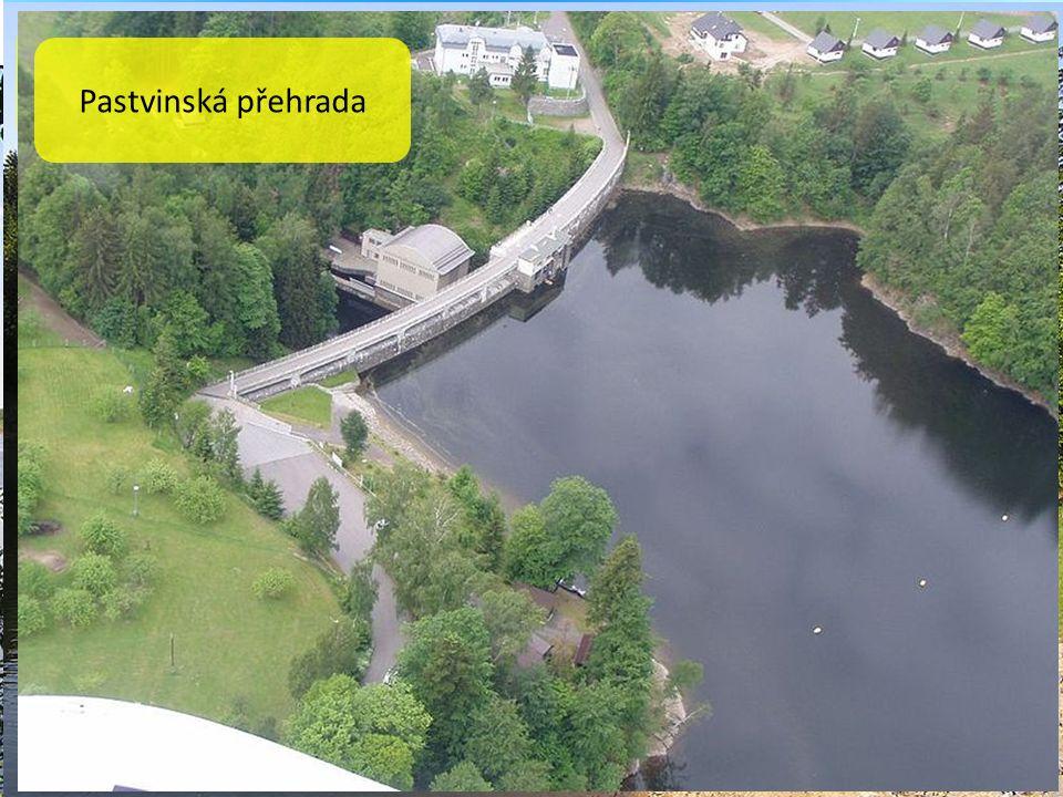 Chrudimka Svitava Vodní nádrž Seč Seč je údolní přehradní nádrž na toku řeky Chrudimky.