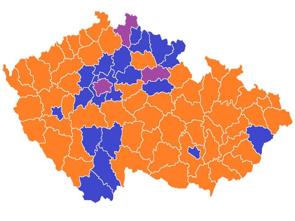 Volby 2013 Předčasné – 25.-26.10.2013 Vítězem ČSSD, překvapivý výsledek ANO 2011 ČSSD – 20,5 % ANO – 18,5 % KSČM – 15 % TOP 09 – 12% ODS – 8 % Úsvit - 7 % KDU-ČSL - 7 % Volební účast: 59,5 % Vládní koalice – ČSSD + ANO + KDU-ČSL Premiér: Bohuslav Sobotka
