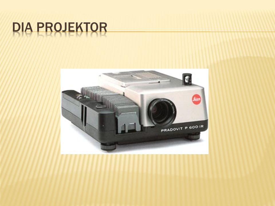  Vizualizér slouží k prezentaci nějakého menšího plošného i trojrozměrného předmětu pomocí projekce.