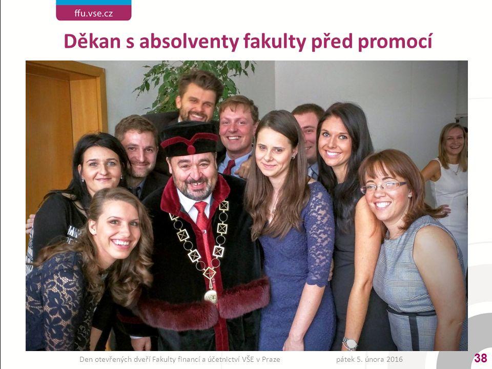 Děkan s absolventy fakulty před promocí 38 pátek 5. února 2016Den otevřených dveří Fakulty financí a účetnictví VŠE v Praze