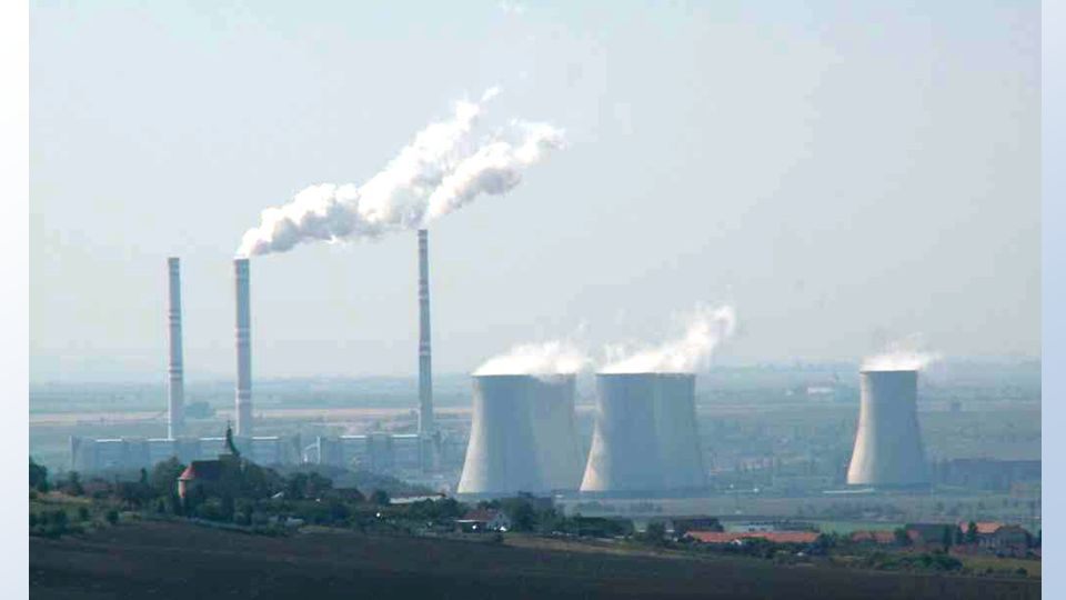 Uhelné elektrárny VÝHODY ČR má zkušenosti s provozem máme vlastní zásoby uhlí NEVÝHODY jsou zdrojem znečištění a emisí CO 2 těžbou uhlí dochází k likv