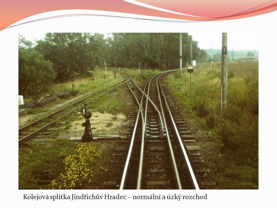 Kolejová splítka Jindřichův Hradec – normální a úzký rozchod