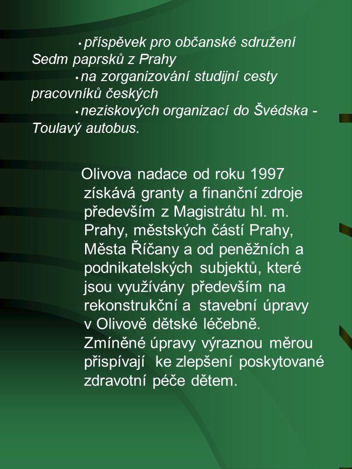 příspěvek pro občanské sdružení Sedm paprsků z Prahy na zorganizování studijní cesty pracovníků českých neziskových organizací do Švédska - Toulavý autobus.