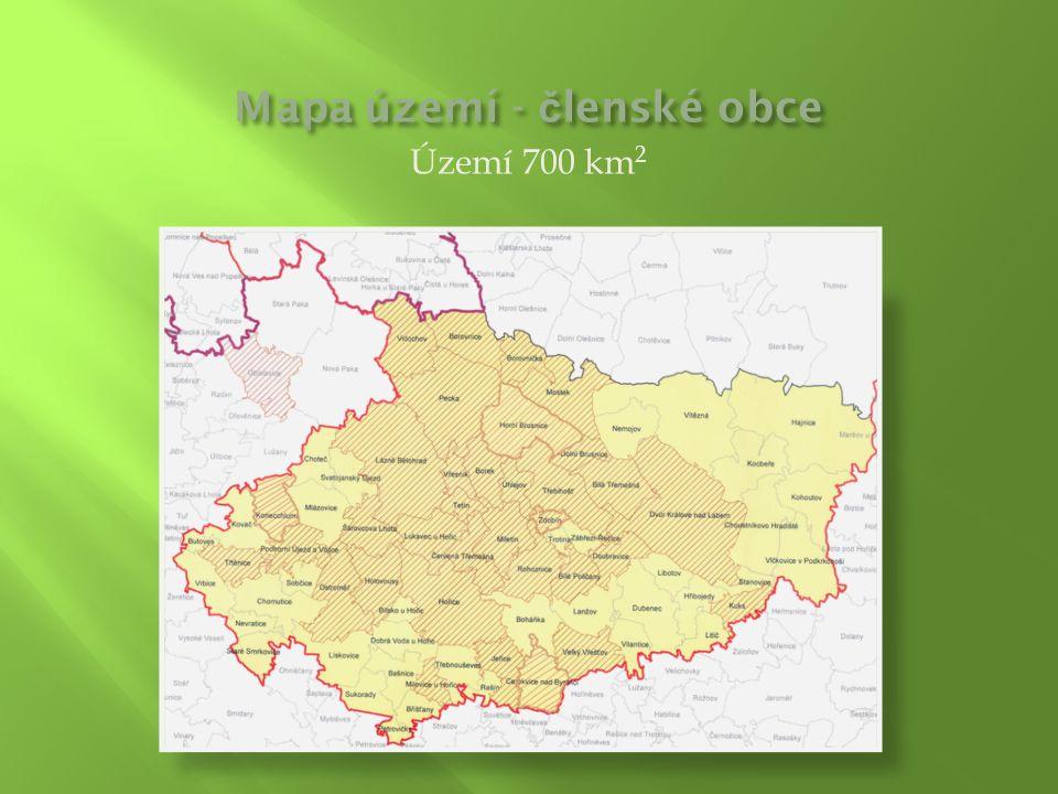 Území 700 km 2