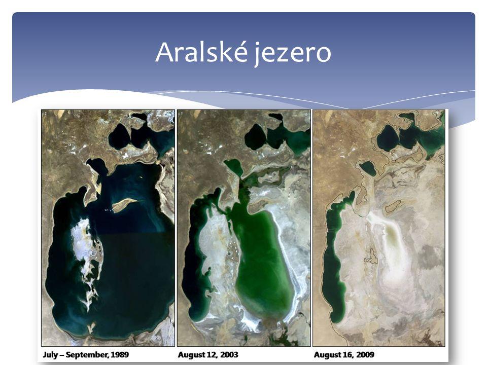  18 200 km²  největší hloubka 26 m  z poloviny sladkovodní, z poloviny slané Balchaš