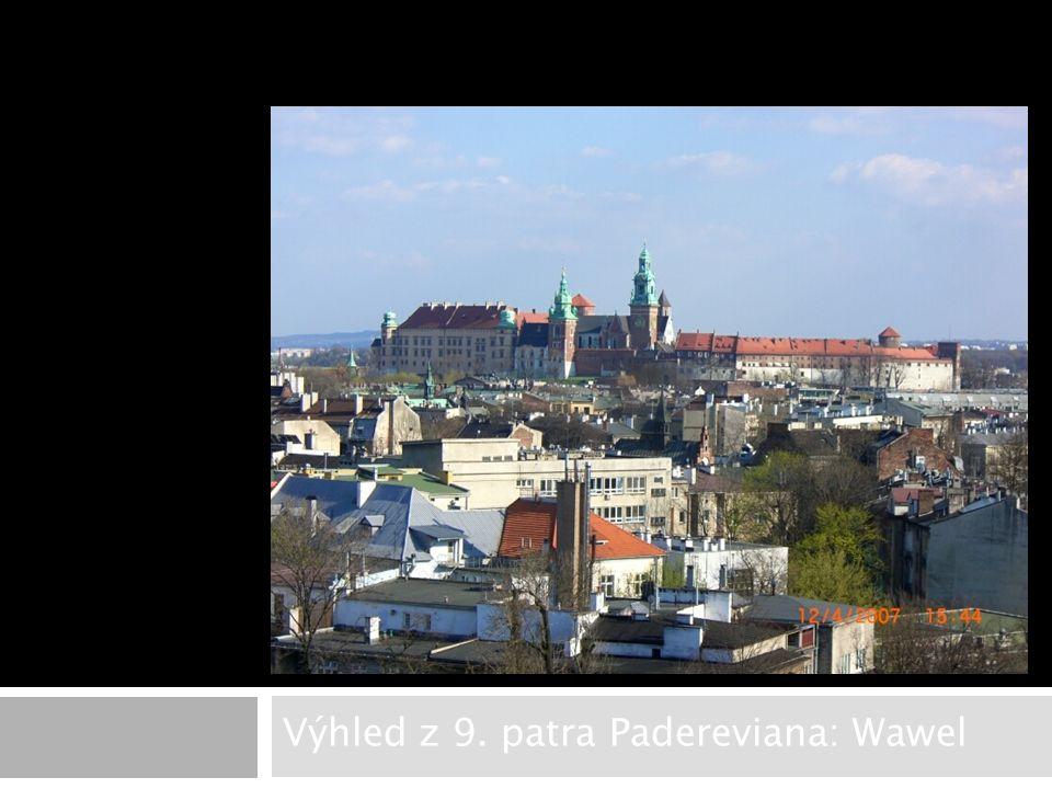 Výhled z 9. patra Padereviana: Wawel