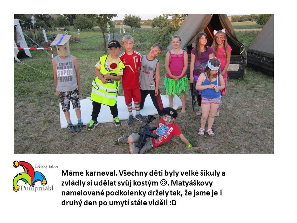 Máme karneval. Všechny děti byly velké šikuly a zvládly si udělat svůj kostým.