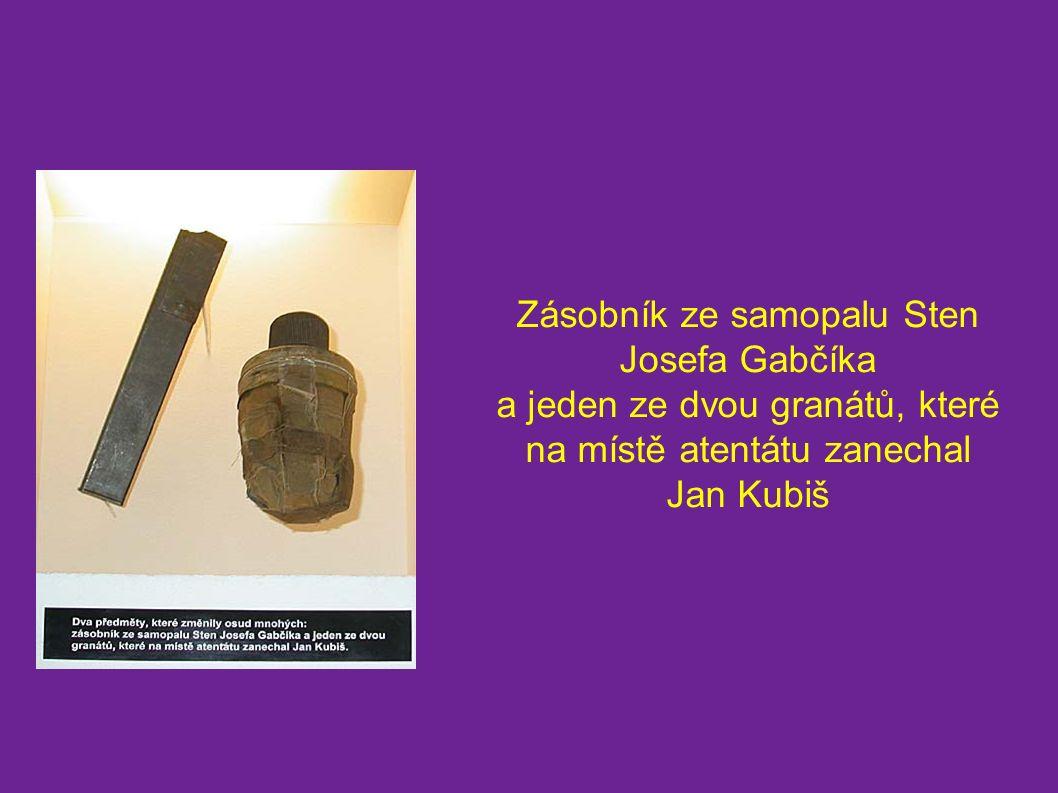 Zásobník ze samopalu Sten Josefa Gabčíka a jeden ze dvou granátů, které na místě atentátu zanechal Jan Kubiš