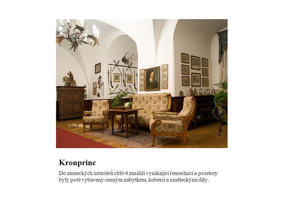 Kronprinc Do zámeckých interiérů citlivě zasáhli vynikající řemeslníci a prostory byly poté vybaveny cenným nábytkem, koberci a uměleckými díly.