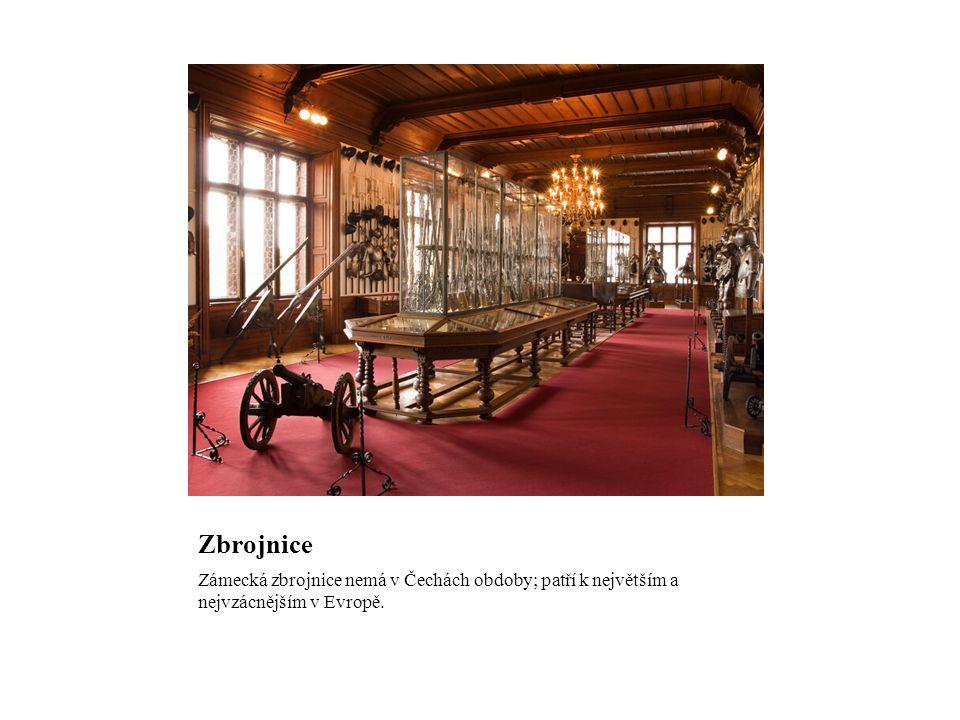 Zbrojnice Zámecká zbrojnice nemá v Čechách obdoby; patří k největším a nejvzácnějším v Evropě.