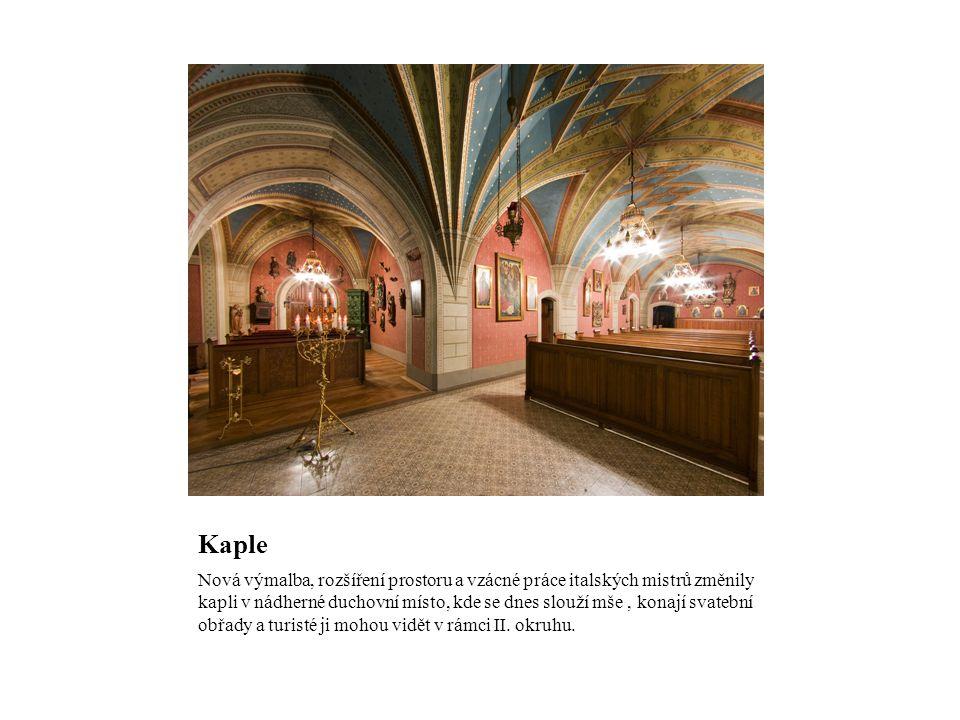 Kaple Nová výmalba, rozšíření prostoru a vzácné práce italských mistrů změnily kapli v nádherné duchovní místo, kde se dnes slouží mše, konají svatební obřady a turisté ji mohou vidět v rámci II.