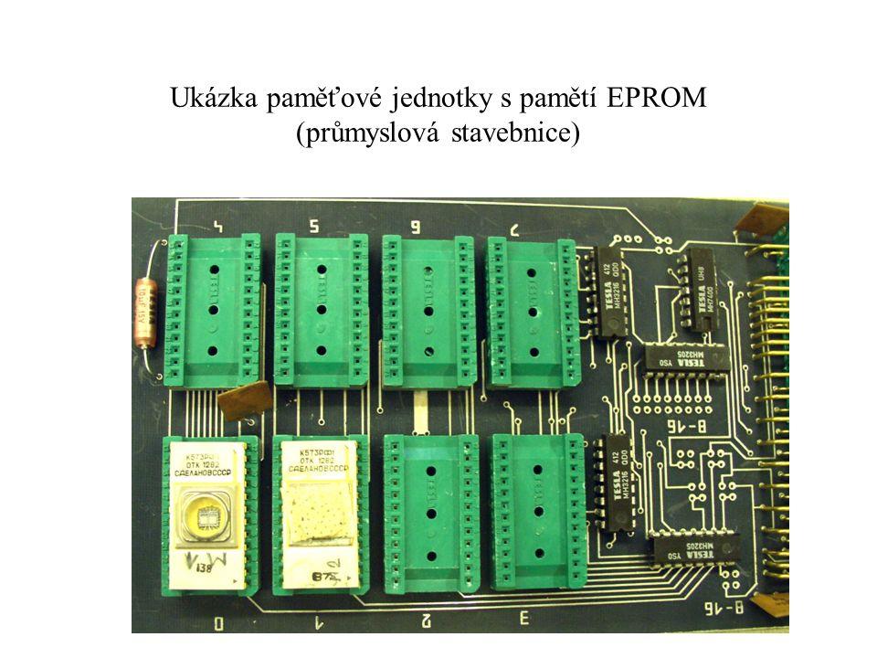 Ukázka paměťové jednotky s pamětí EPROM (průmyslová stavebnice)