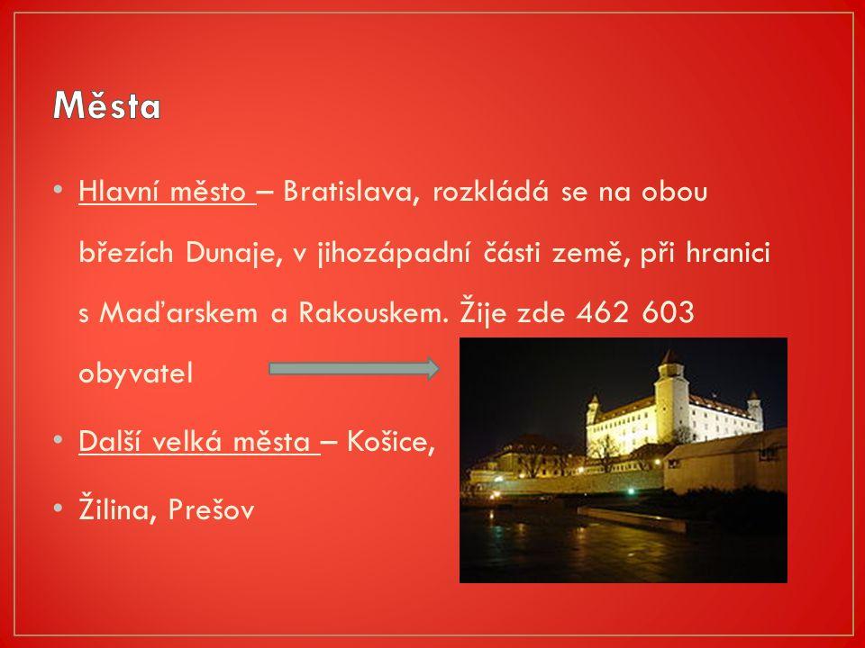 Jednu z nejvýznamnějších řek protékajících Slovenskem představuje Dunaj, který spolu s Moravou tvoří slovenskou jihozápadní hranici.Dunaj Nejdelším slovenským vodním tokem je Váh.Váh Na Slovensku jsou častá rovněž horská jezera a minerální i termální prameny.