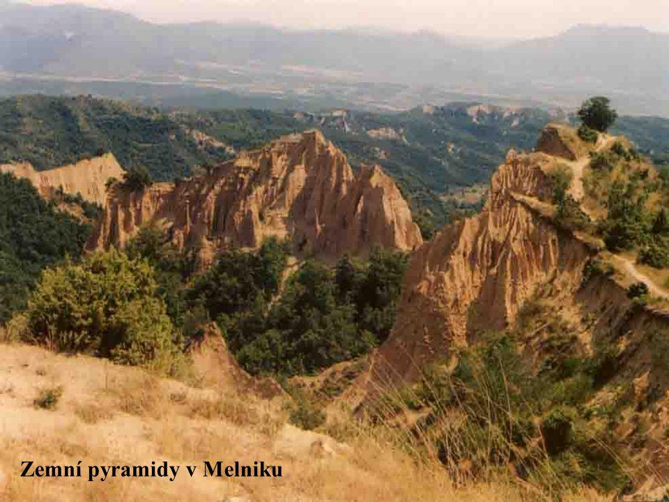 Zemní pyramidy v Melniku
