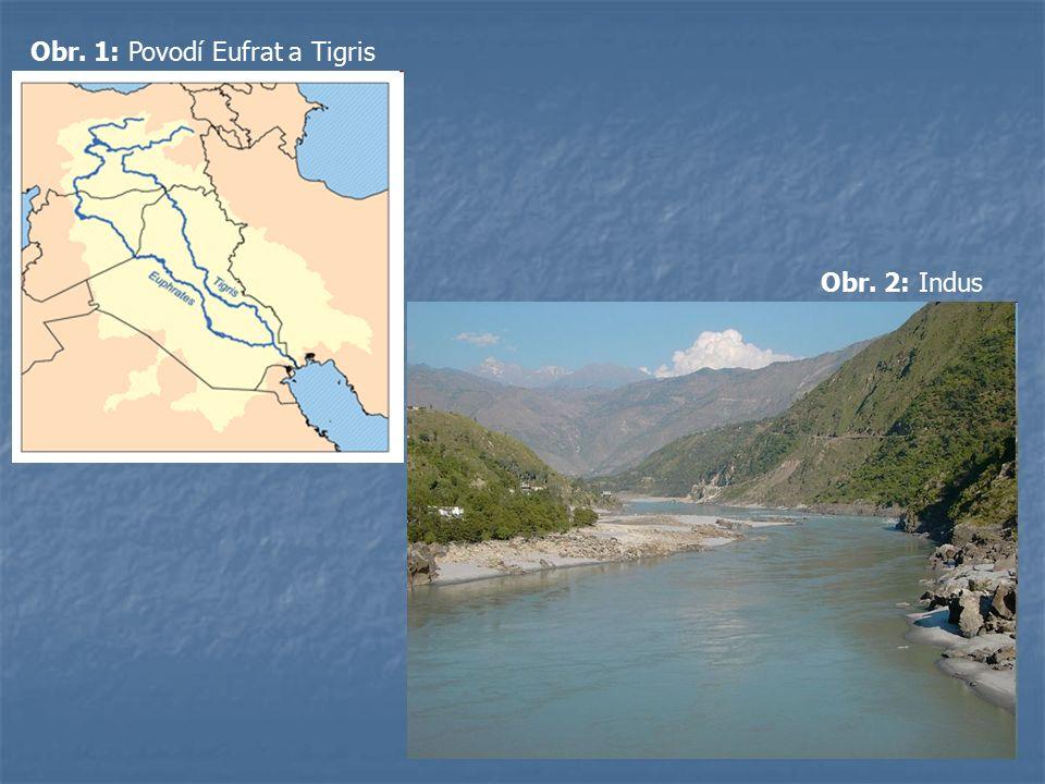 Obr. 1: Povodí Eufrat a Tigris Obr. 2: Indus