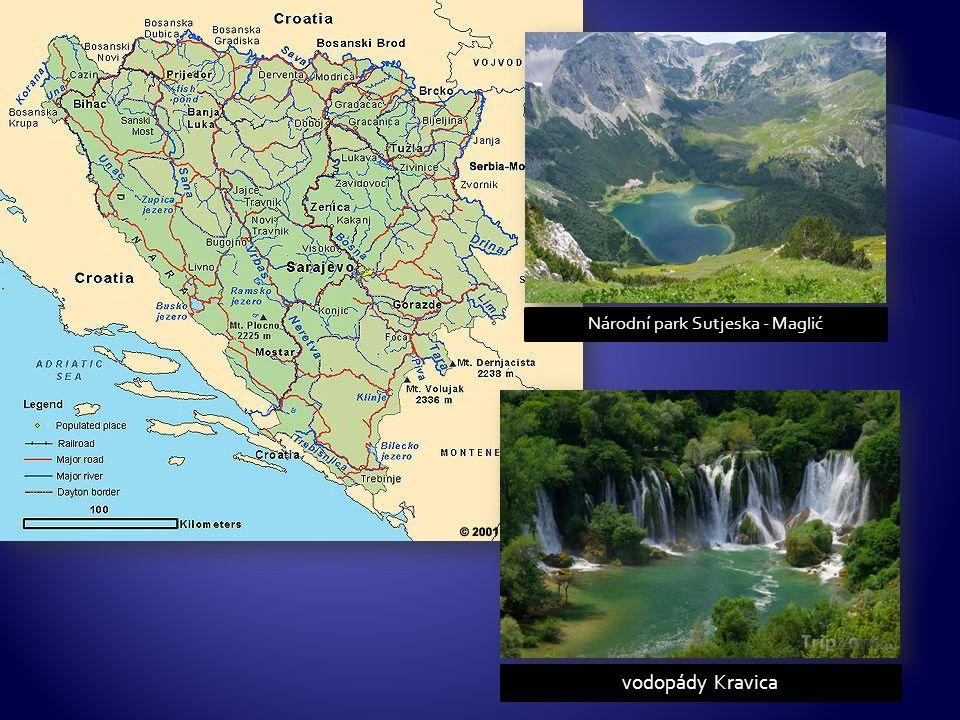 vodopády Kravica Národní park Sutjeska - Maglić