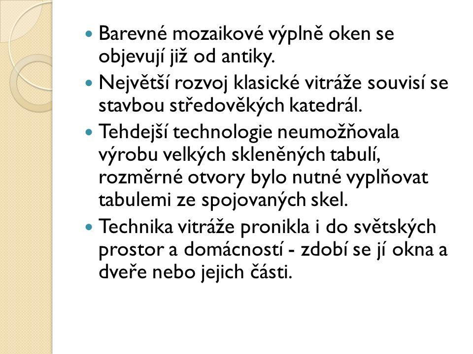 http://commons.wikimedia.org/wiki/File:Liptov_-_Stained_glass_in_Zylina.jpg Vitráž v nádražní budově v Žilině (Slovensko)
