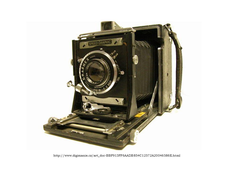 Fotografie Dnes už lze udělat kopii fotografie a poslat ji e- mailem nebo dokonce mobilem není problém.
