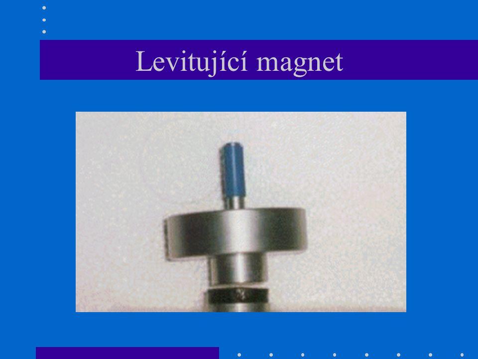 Levitující magnet