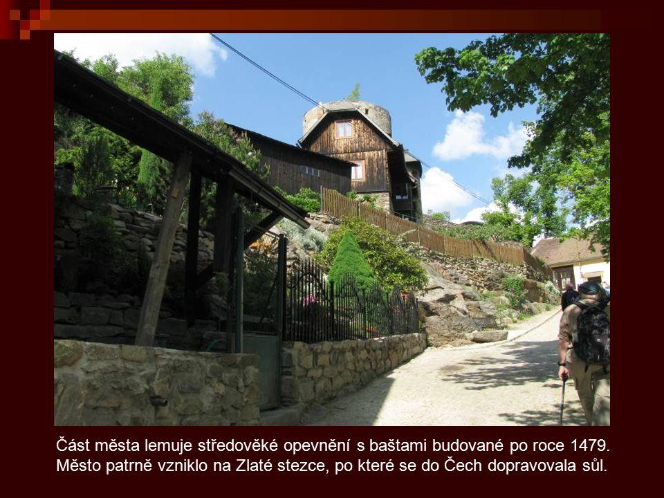 Vimperk je horské průmyslové město s bohatou historií, knihtisk a sklářství jsou dva výrazné fenomény tohoto krásného města.