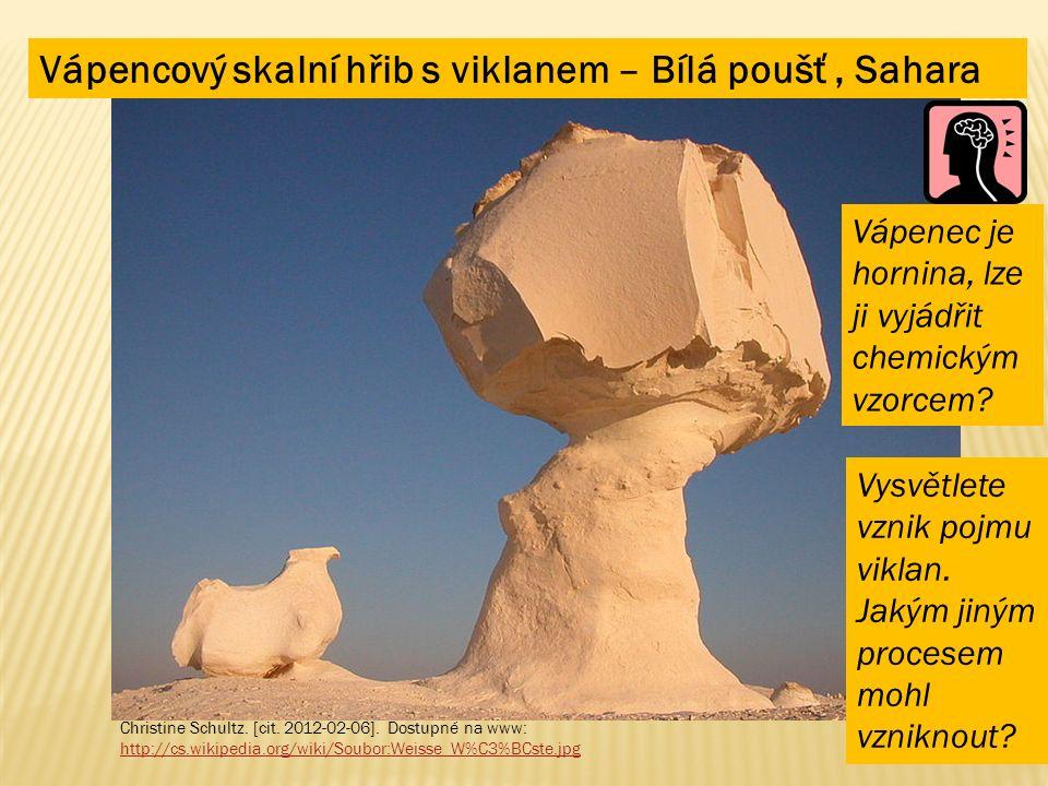 Vápencový skalní hřib s viklanem – Bílá poušť, Sahara Christine Schultz.
