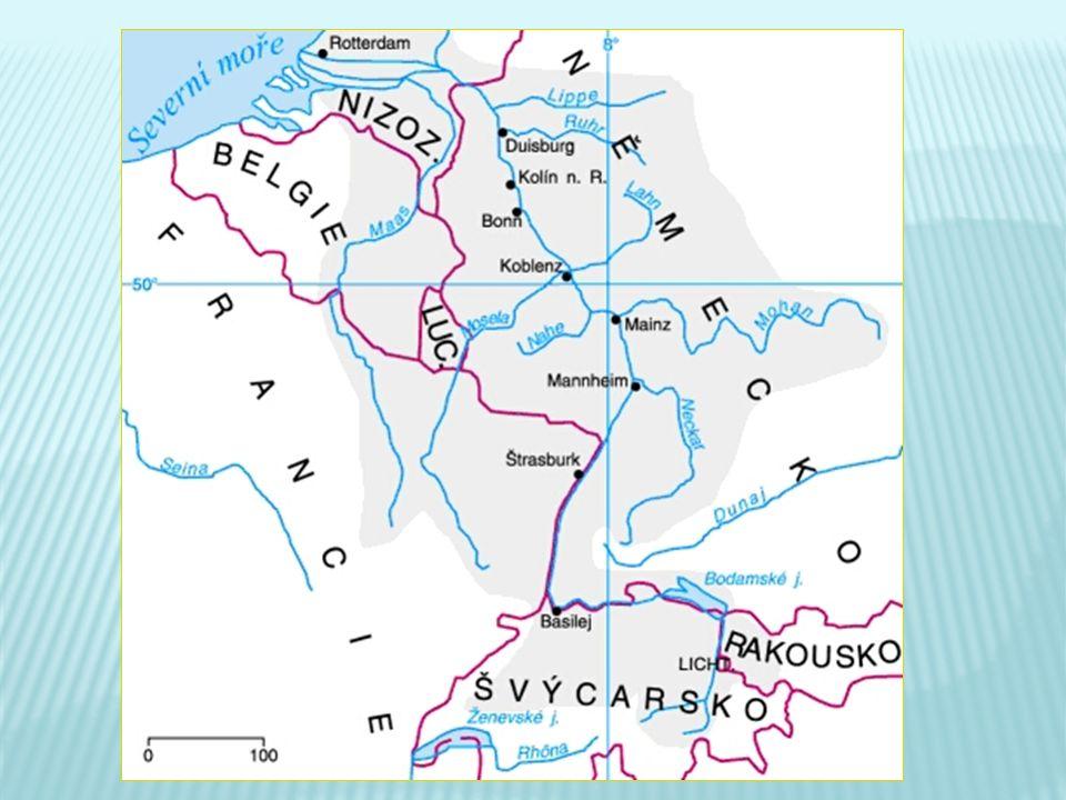  přírodní úkazy a zajímavosti podél celého toku  vedle průmyslu je jedním ze zdrojů příjmů  Bodamské jezero - území států: Německo, Rakousko, Švýcarsko  Rýnský vodopád u Schaffhausenu  Údolí mezi Vogézami (Fr) a Schwarzwaldem (N)