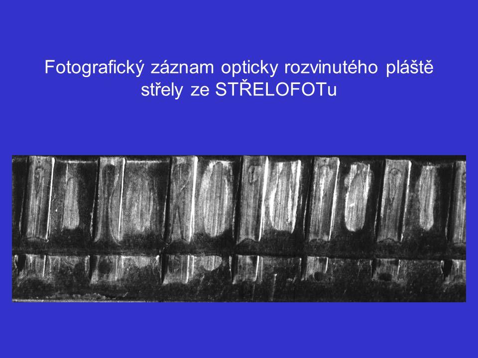 Fotografický záznam opticky rozvinutého pláště střely ze STŘELOFOTu