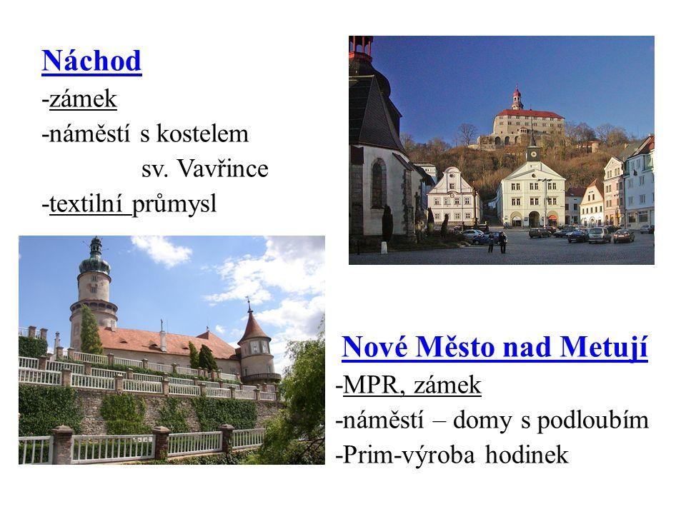 Náchod -zámek -náměstí s kostelem sv.