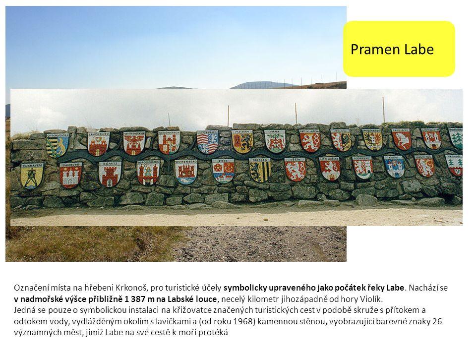 Pramen Labe Označení místa na hřebeni Krkonoš, pro turistické účely symbolicky upraveného jako počátek řeky Labe.