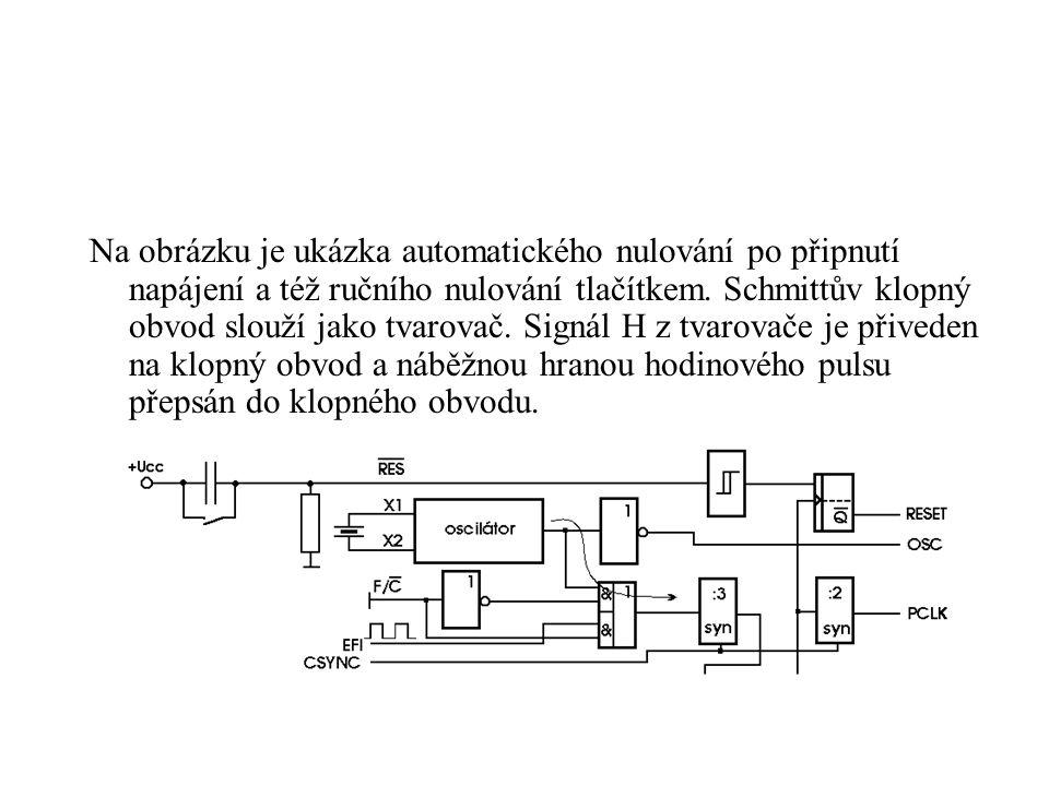 Na obrázku je ukázka automatického nulování po připnutí napájení a též ručního nulování tlačítkem.