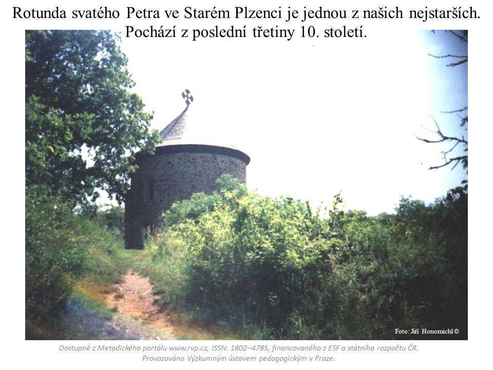 Rotunda svatého Petra ve Starém Plzenci je jednou z našich nejstarších.