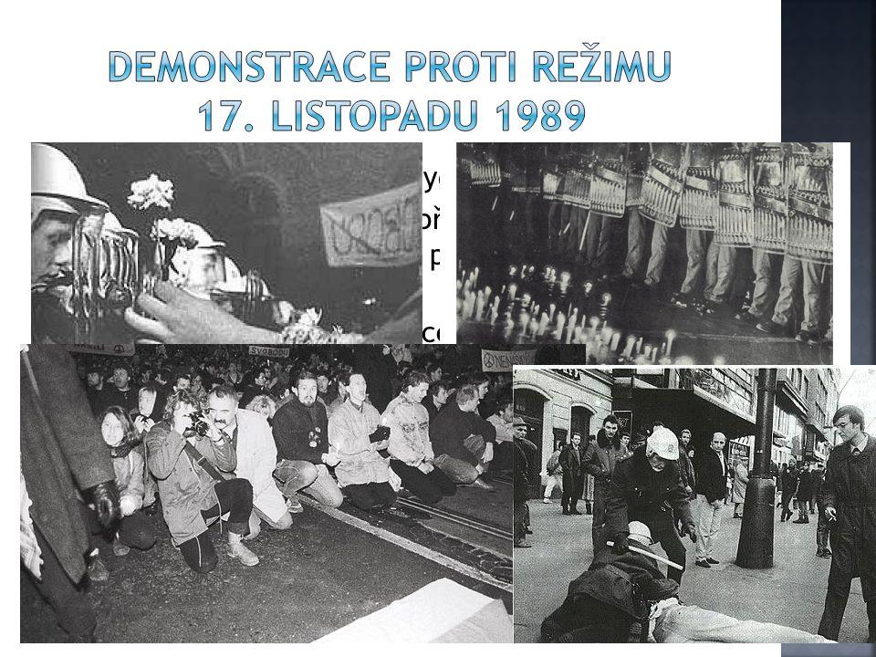  Studenti se neplánovaně vydali do centra města  Policie zablokovala cestu přes most 1.máje, místo na Hrad se studenti vydali přes Národní třídu na Václavské nám.