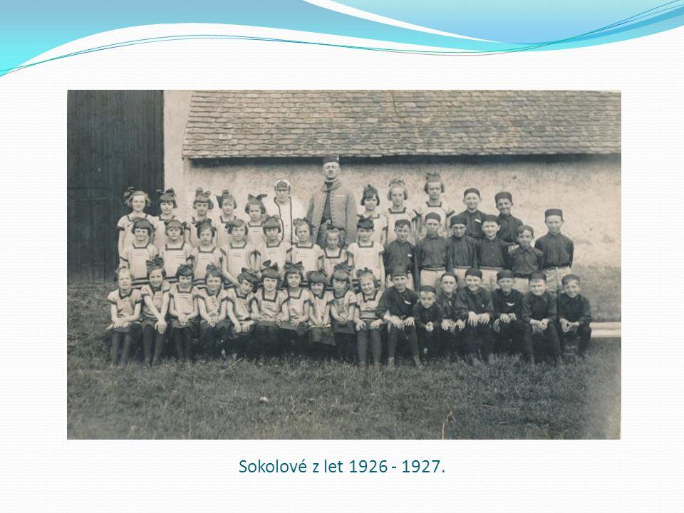 Sokolové z let 1926 - 1927.