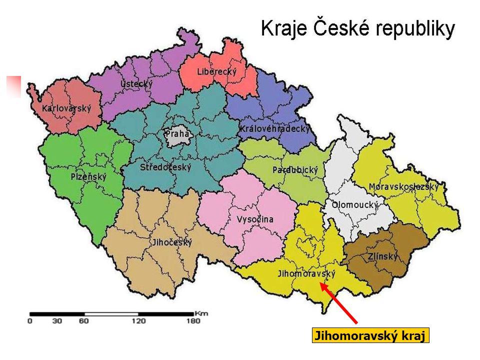 Moravský kras: nejrozsáhlejší a nejvíce zkrasovělé území České republiky podzemní řeka Punkva Krápníková výzdoba v jeskyni Průtokové