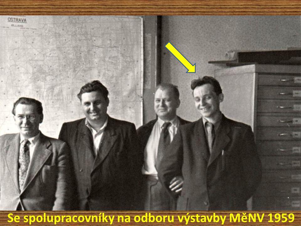 Se spolupracovníky na odboru výstavby MěNV 1959