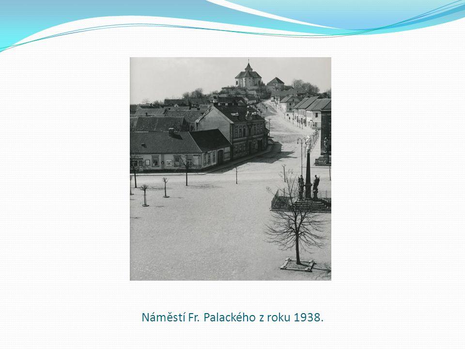 Náměstí Fr. Palackého z roku 1938.