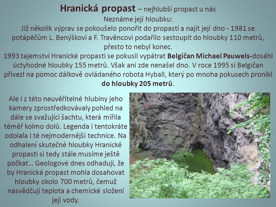 první lázně na světě využívající léčivých účinků studené pramenité vody - založil Vincenc Priessnitz Priessnitzův zábal, zapařující obklad, který se používá při léčbě některých břišních, kloubních nebo krčních onemocnění.