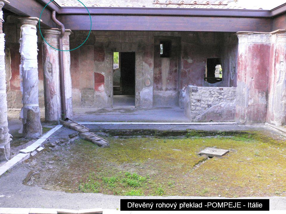 Dřevěný rohový překlad -POMPEJE - Itálie