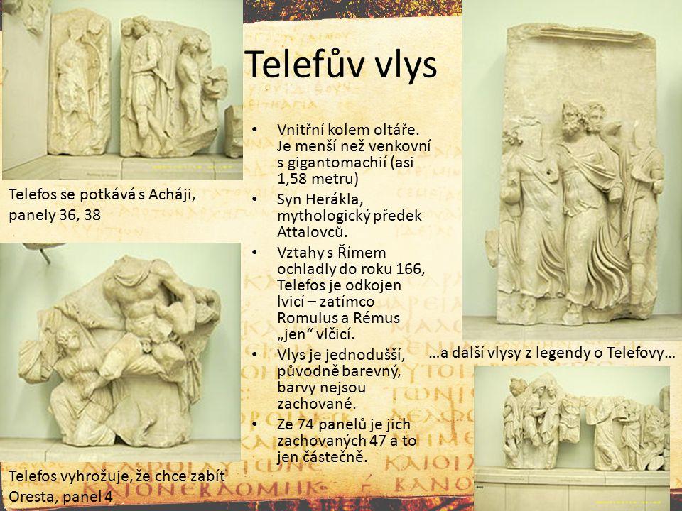 Telefův vlys Vnitřní kolem oltáře. Je menší než venkovní s gigantomachií (asi 1,58 metru) Syn Herákla, mythologický předek Attalovců. Vztahy s Římem o
