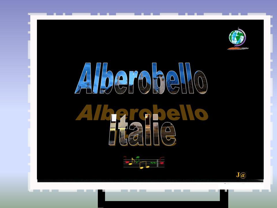 Alberobello es la capital del Valle de Itria, también conocido como el valle de los trulli .