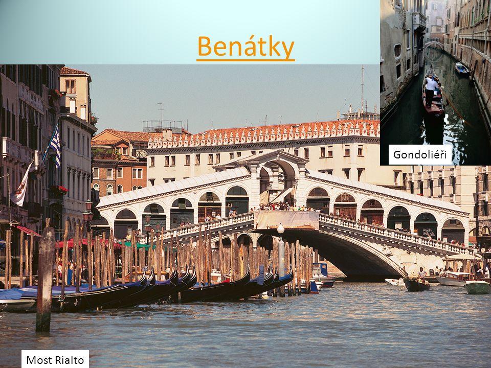 Benátky Most Rialto Gondoliéři