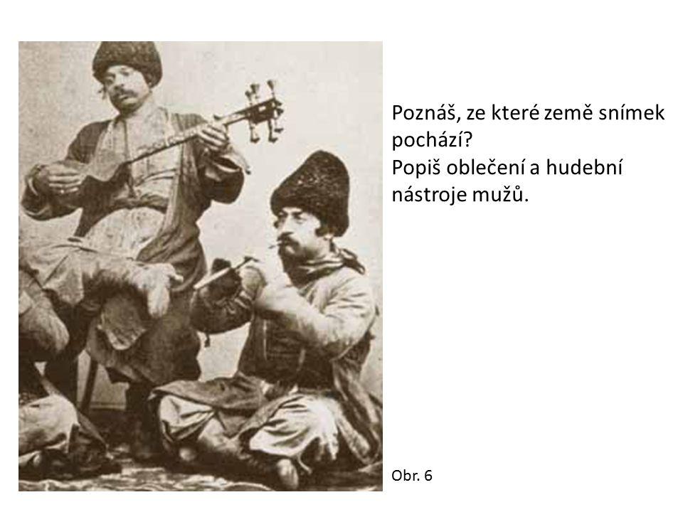 Tradiční romská řemesla kovářství kotlářství provozování hudby drobný obchod sezonní nádenická práce v průmyslu (stavebním) a v zemědělství (na Moravě sžívání s majoritní společností, učební obory, méně středoškolské vzdělání)