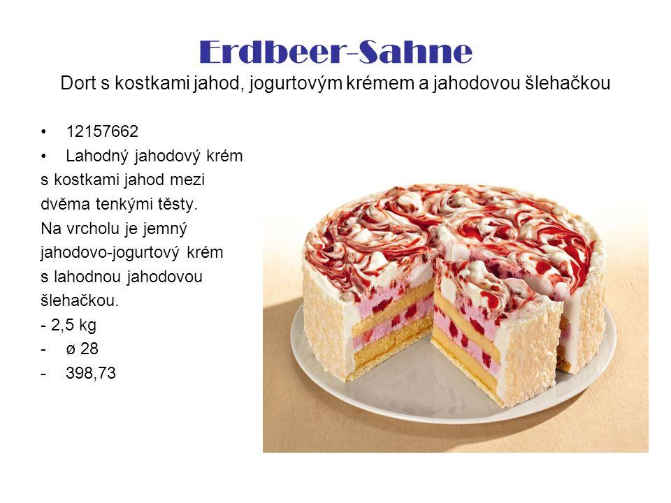 Erdbeer-Sahne Dort s kostkami jahod, jogurtovým krémem a jahodovou šlehačkou 12157662 Lahodný jahodový krém s kostkami jahod mezi dvěma tenkými těsty.