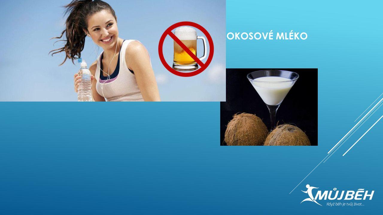 5. KOKOSOVÉ MLÉKO Ačkoliv neslazená kokosová voda může být dobrým předtréninkovým nápojem, je důležité pečlivě číst etikety. Kokosové mléko není kokos