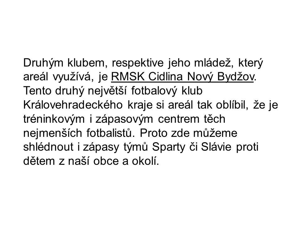Druhým klubem, respektive jeho mládež, který areál využívá, je RMSK Cidlina Nový Bydžov.