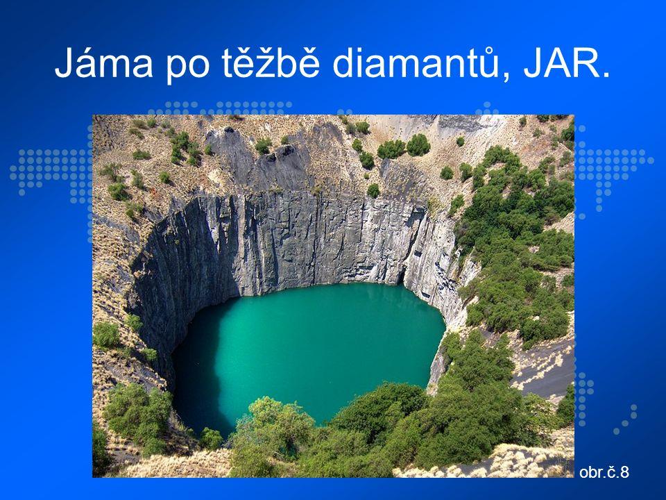 Jáma po těžbě diamantů, JAR. obr.č.8