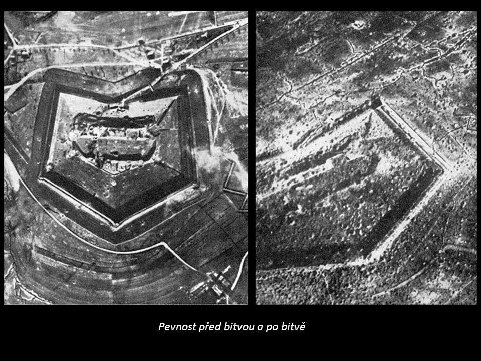 Pevnost před bitvou a po bitvě